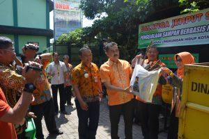Walikota Canangkan Salatiga Jemput Sampah Kemitraan