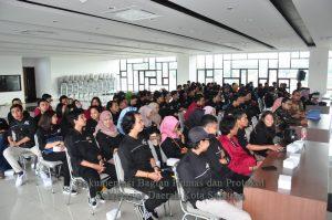 120 Mahasiswa UNISRI Belajar Kehumasan di Salatiga