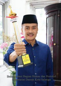 Walikota Salatiga Terima DMI Award