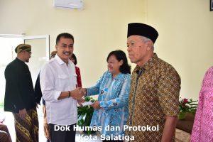 Honor diberikan, Yuliyanto Apresiasi Peran Kader Posyandu