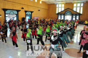 600 Orang Meriahkan Lomba Poco-poco Salatiga