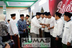 Guru Ngaji Salatiga dan Kabupaten Semarang Terima Insentif