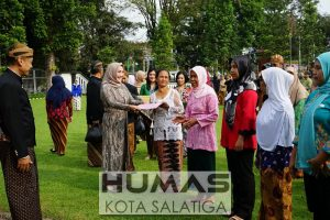 Peringati Hari Kartini, 6 Perempuan Tangguh Terima Tali Asih