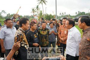 Menteri Agraria Serahkan Sertifikat Konsolidasi Tanah  Kauman Kidul Salatiga