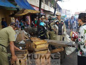 PKL di Trotoar Jl. Pahlawan Ditertibkan