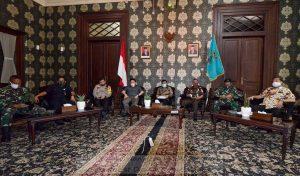 Wawali Ikuti Dialog PersiapanNew Normaldengan Presiden
