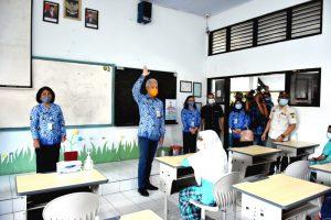 Uji Coba PTM, Gubernur Cek Kesiapan Sekolah di Salatiga